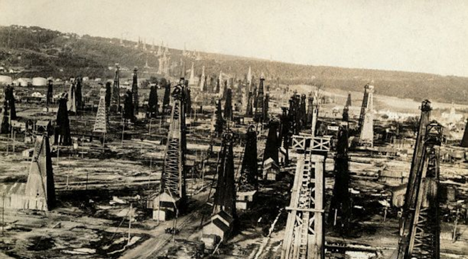 Featured--Petroleum field at Moreni-Wikimedia