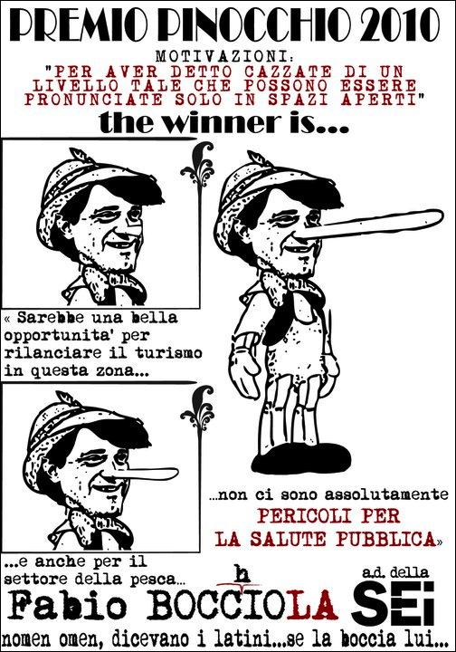"""Fabio Bocchiola wurde in verschiedenen Karikaturen mit langer Nase dargestellt in dieser auch als Gewinner des «Pinocchio-Preises 2010» bezeichnet. """"Es wäre eine gute Gelegenheit um den Tourismus in der Gegend wieder anzukurbeln ... und auch für die Fischerei ... es gibt absolut keine Gefahr für die öffentliche Gesundheit"""", wird Bocchiola zitiert."""